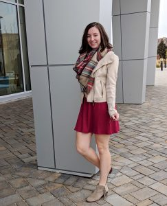 festive holiday outfit teen fashion blogger