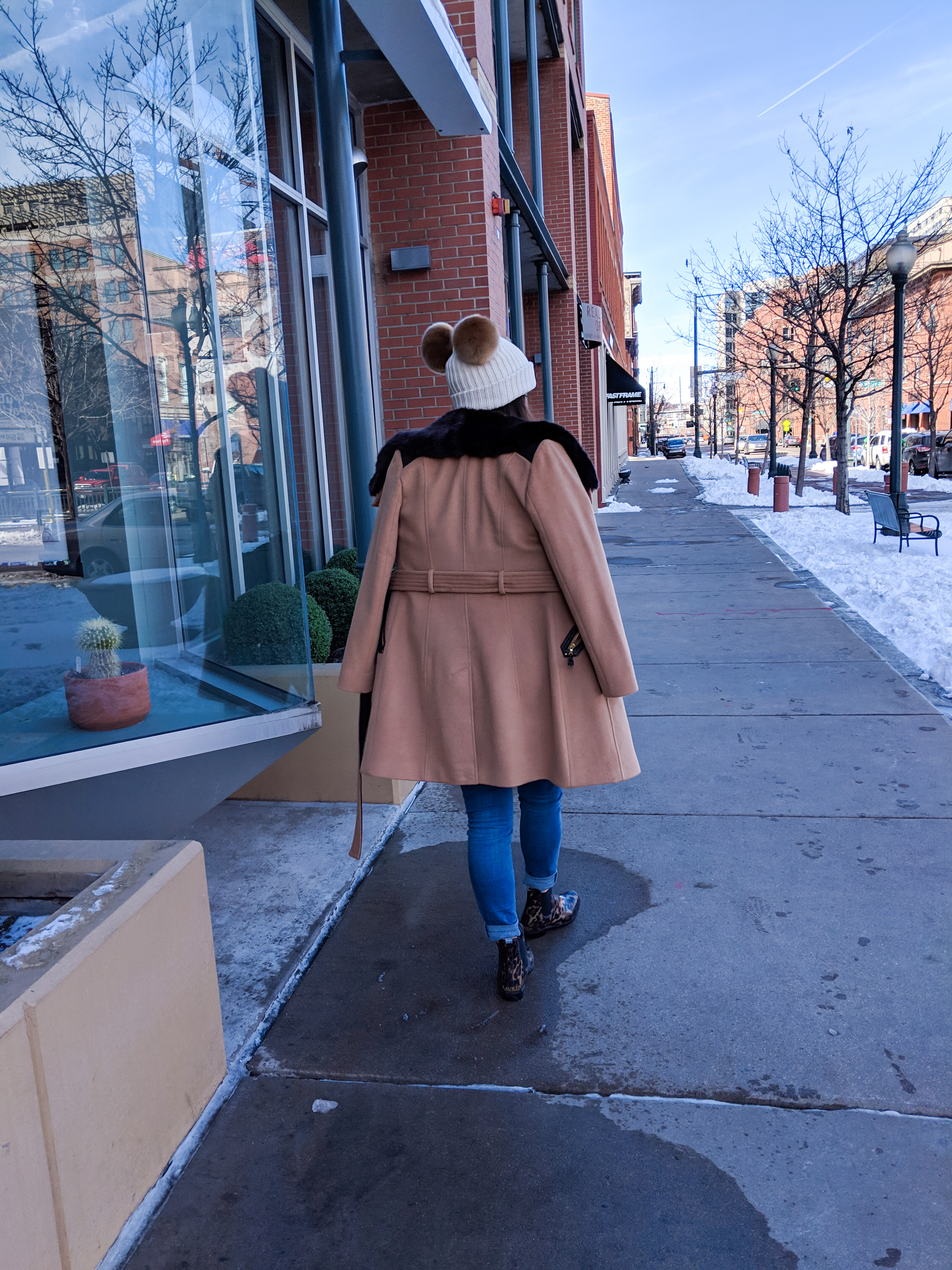 Macy's camel jacket with faux fur collar