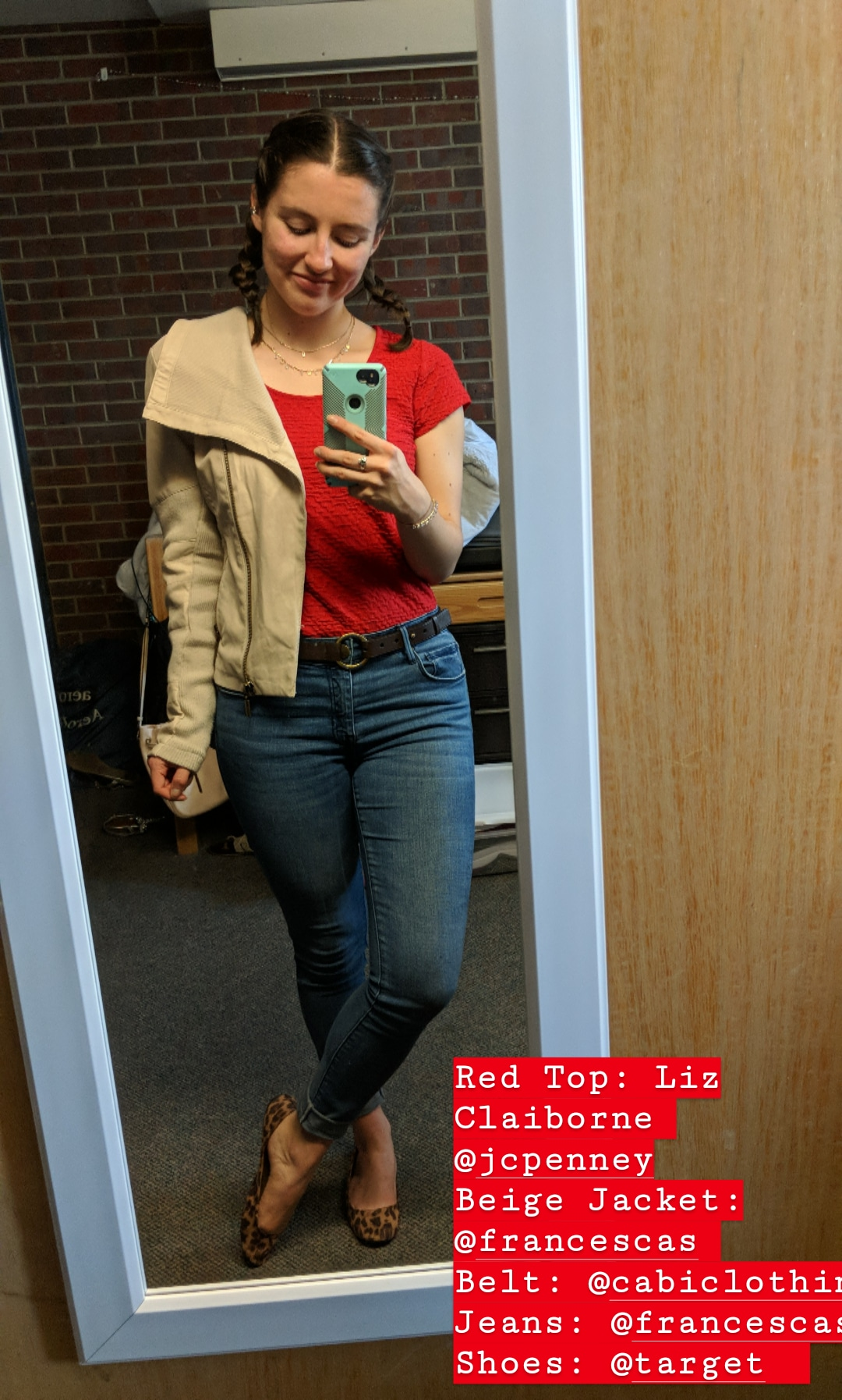 red blouse, skinny jeans, leopard flats