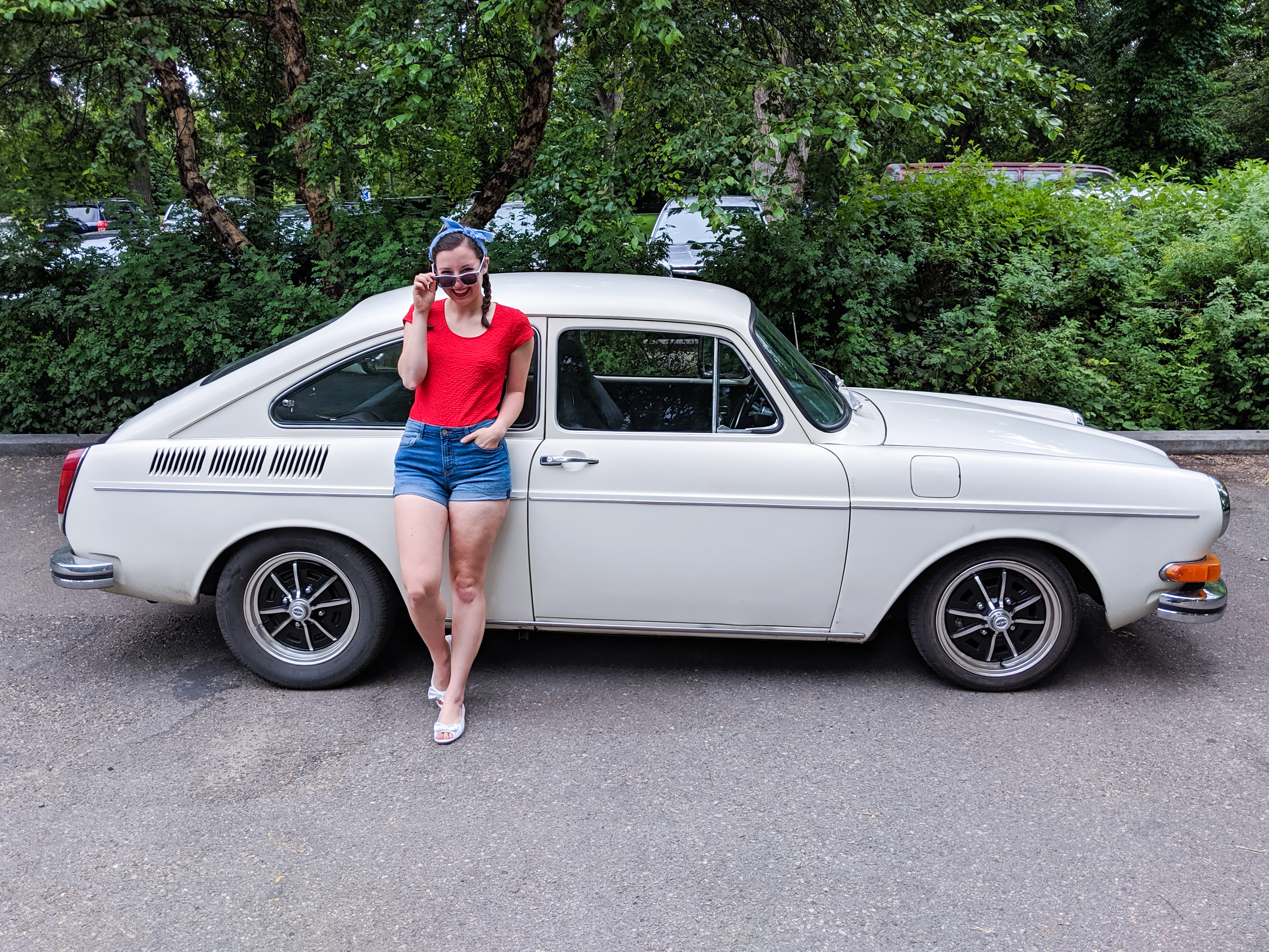 4th of July outfit, patriotic, 1970 Volkswagen Fastback