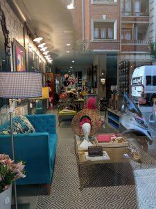 Spanish shops, hat shop, fascinators, spanish shopping