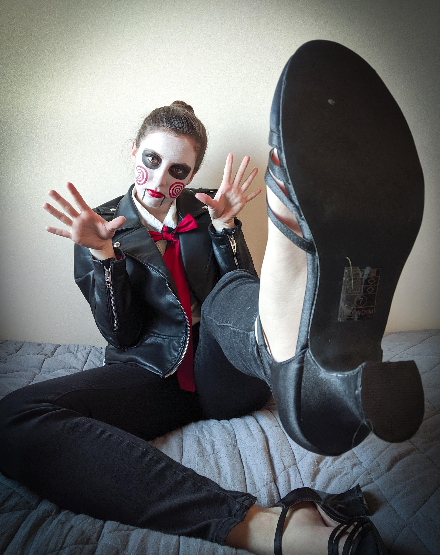 interesting angle, Halloween photoshoot, modeling