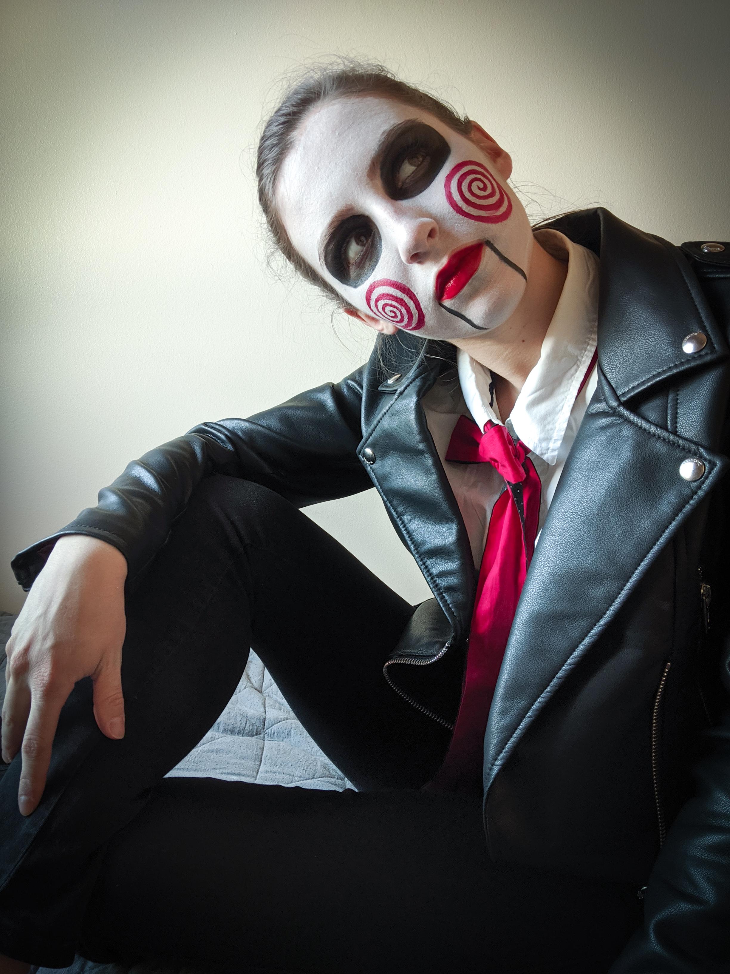 Halloween costume, creepy costume, face paint