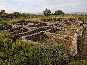 400 BC, Roman ruins, the road less traveled