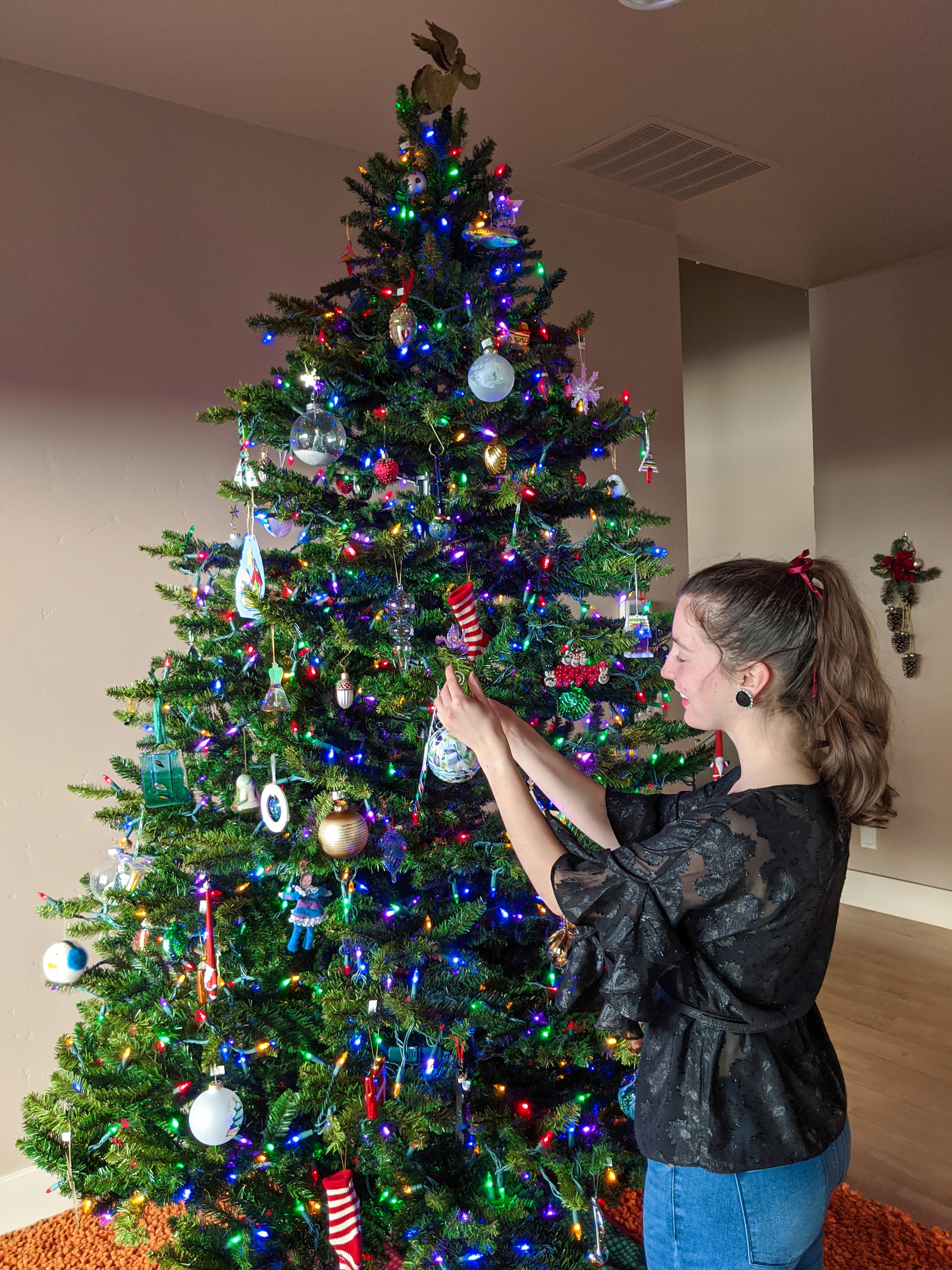 Christmas tree decorating, Christmas tree, ornaments