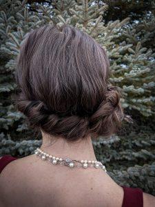 side bun, flapper hairstyle, headband hairstyle