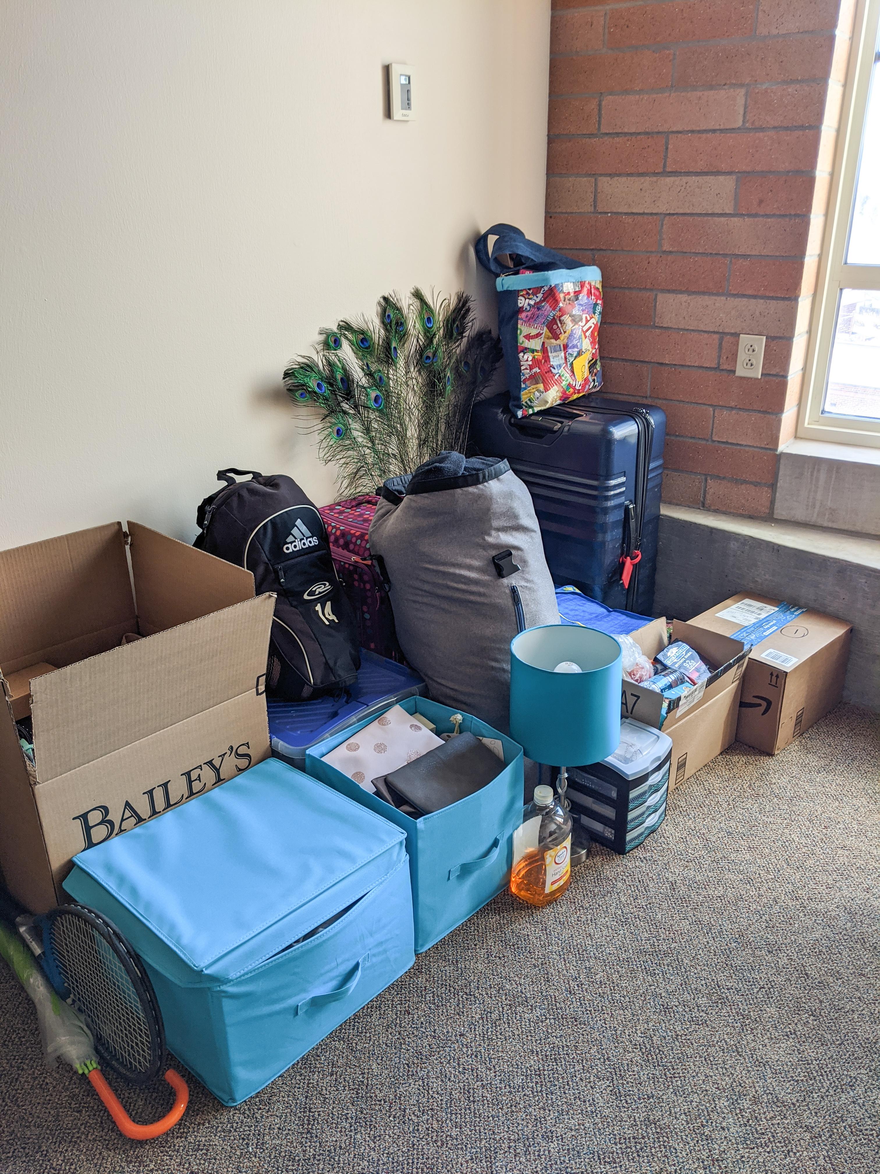 packing up, moving, college dorm room, dorm living