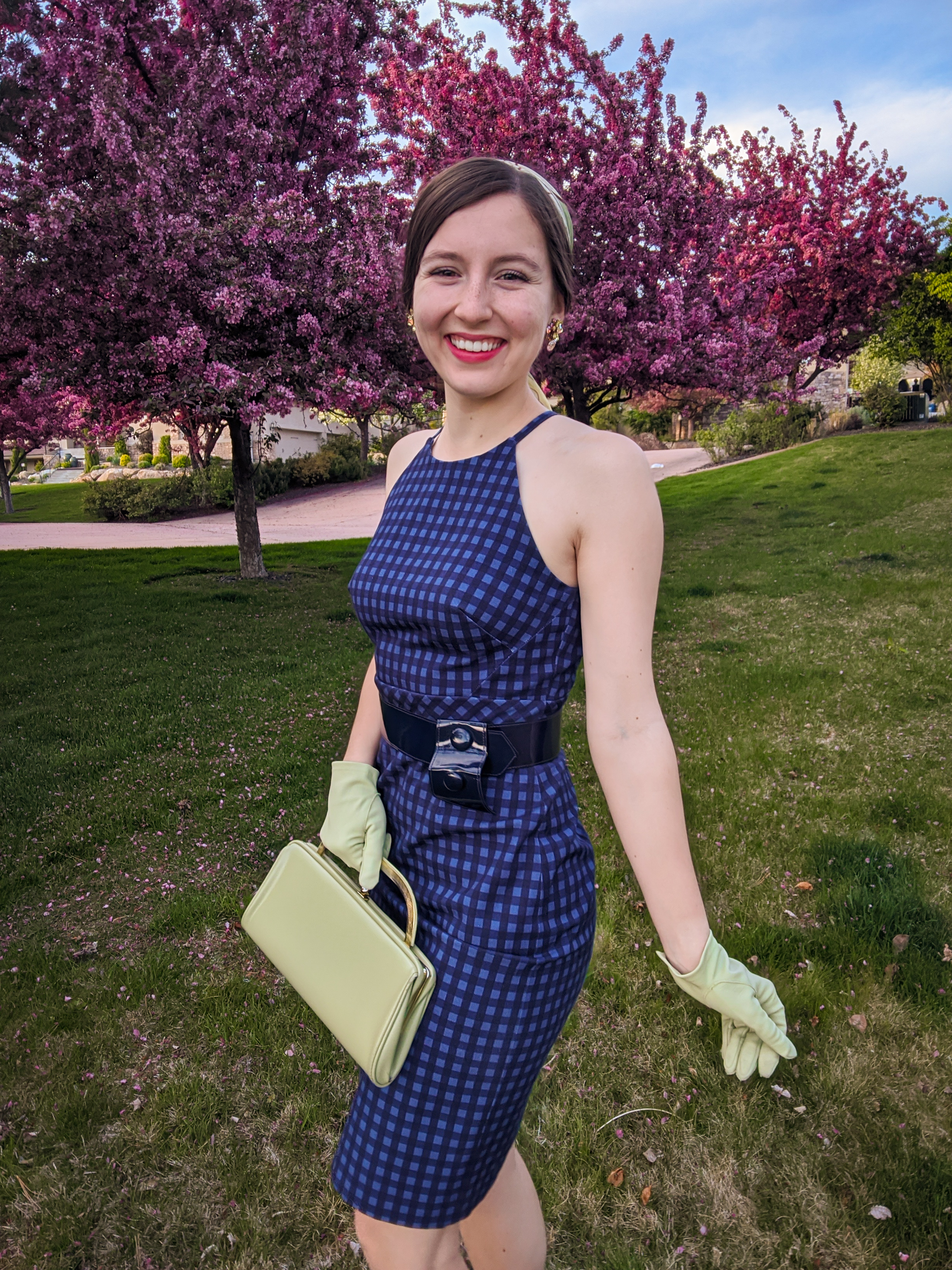 Midge Maisel, Amazon Prime shows, green accessories