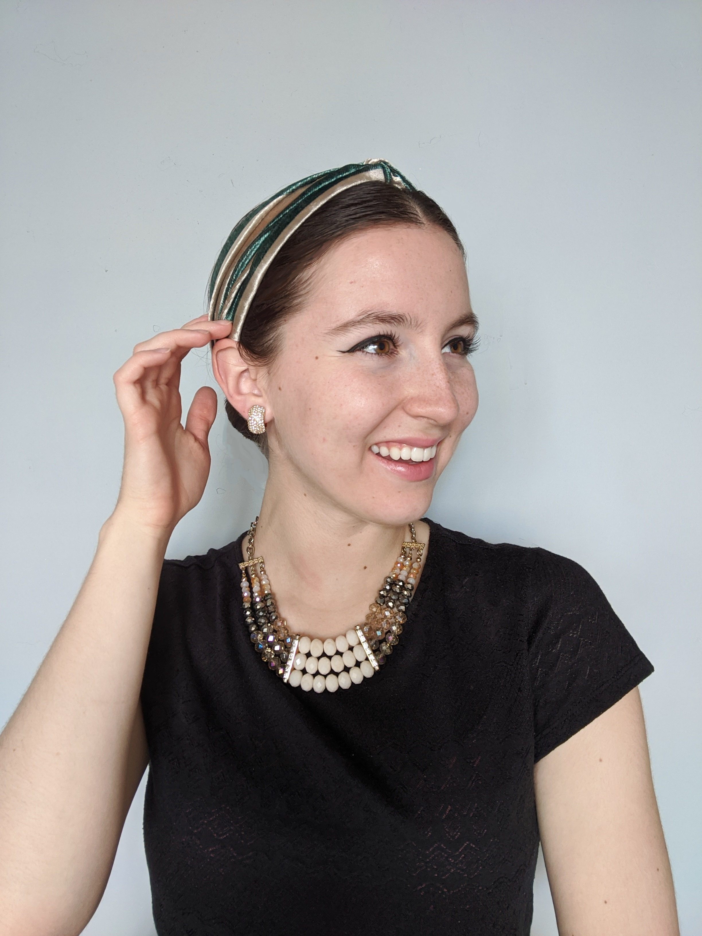 hairwashing, trendy headbands, washing your hair, green headband