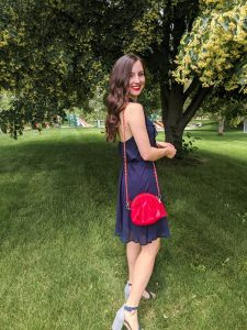 navy-dress-thrift-shopping-red-purse