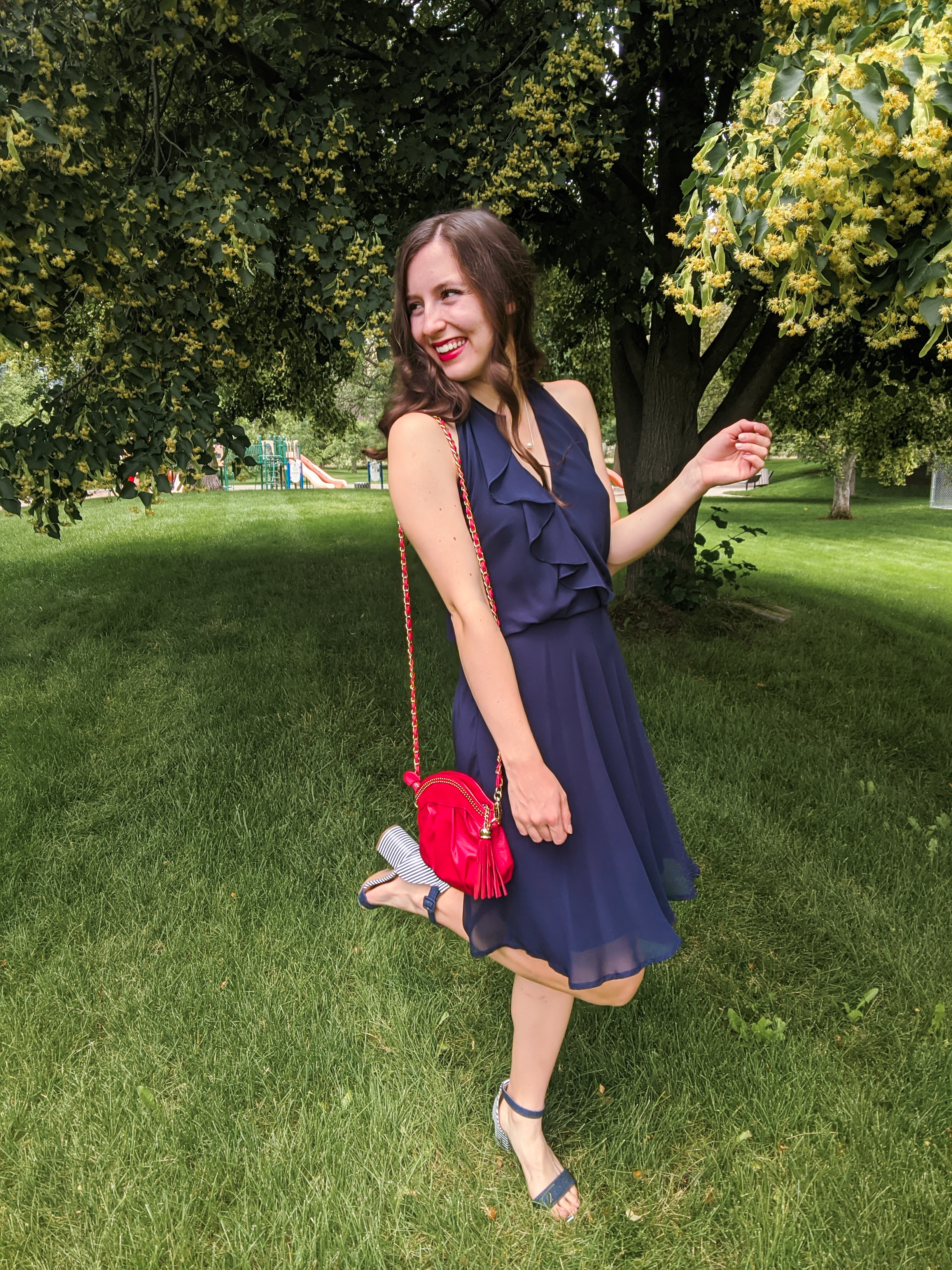 navy-dress-red-purse-summer-outfit-fourth-july