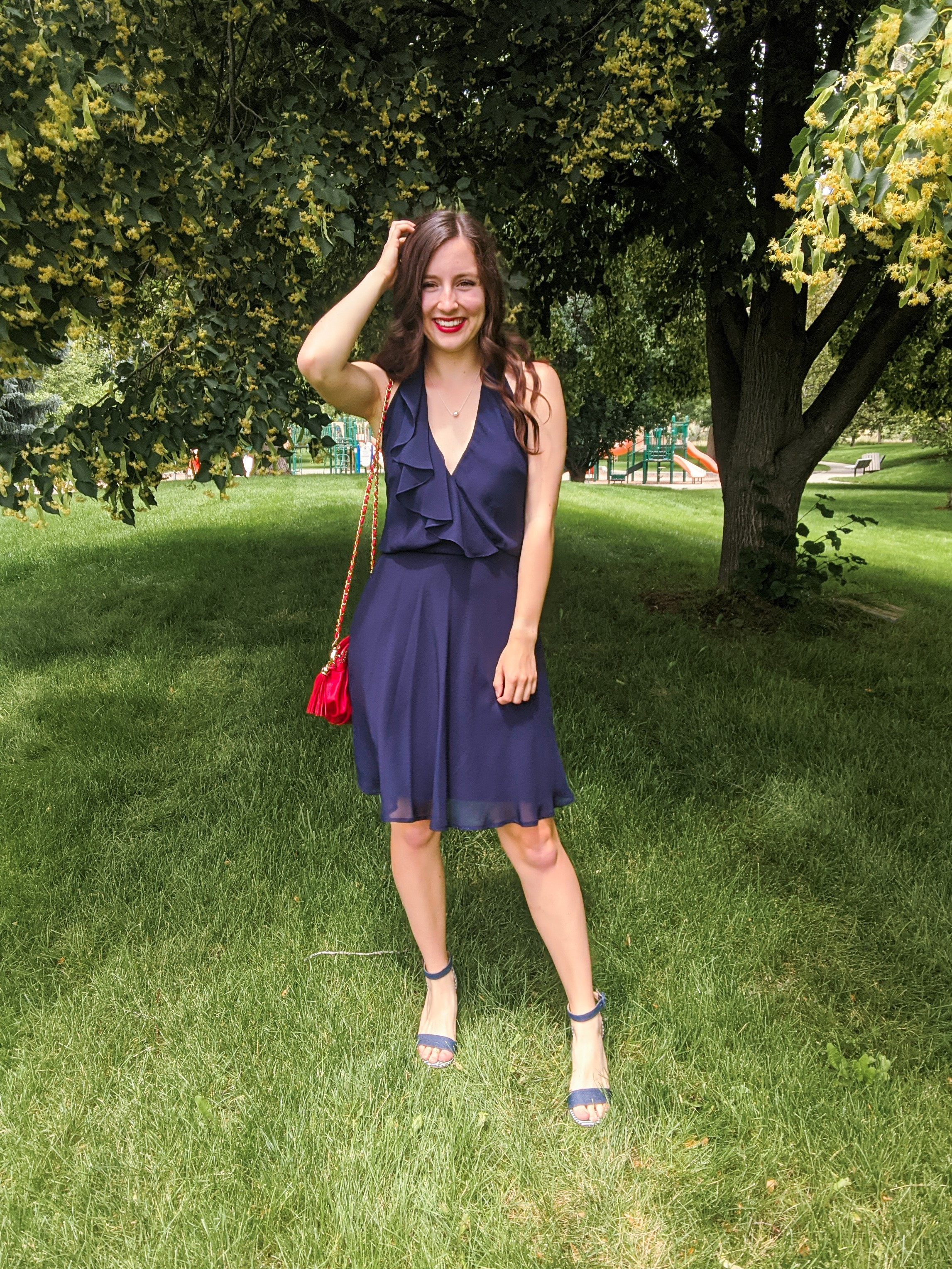 navy-dress-summer-outfit-style-striped-heels