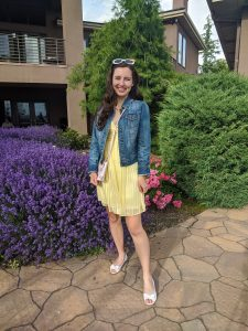 yellow-dress-BCBG-thrift-shopping