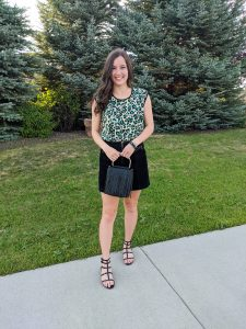 green-leopard-top-black-skirt-black-sandals