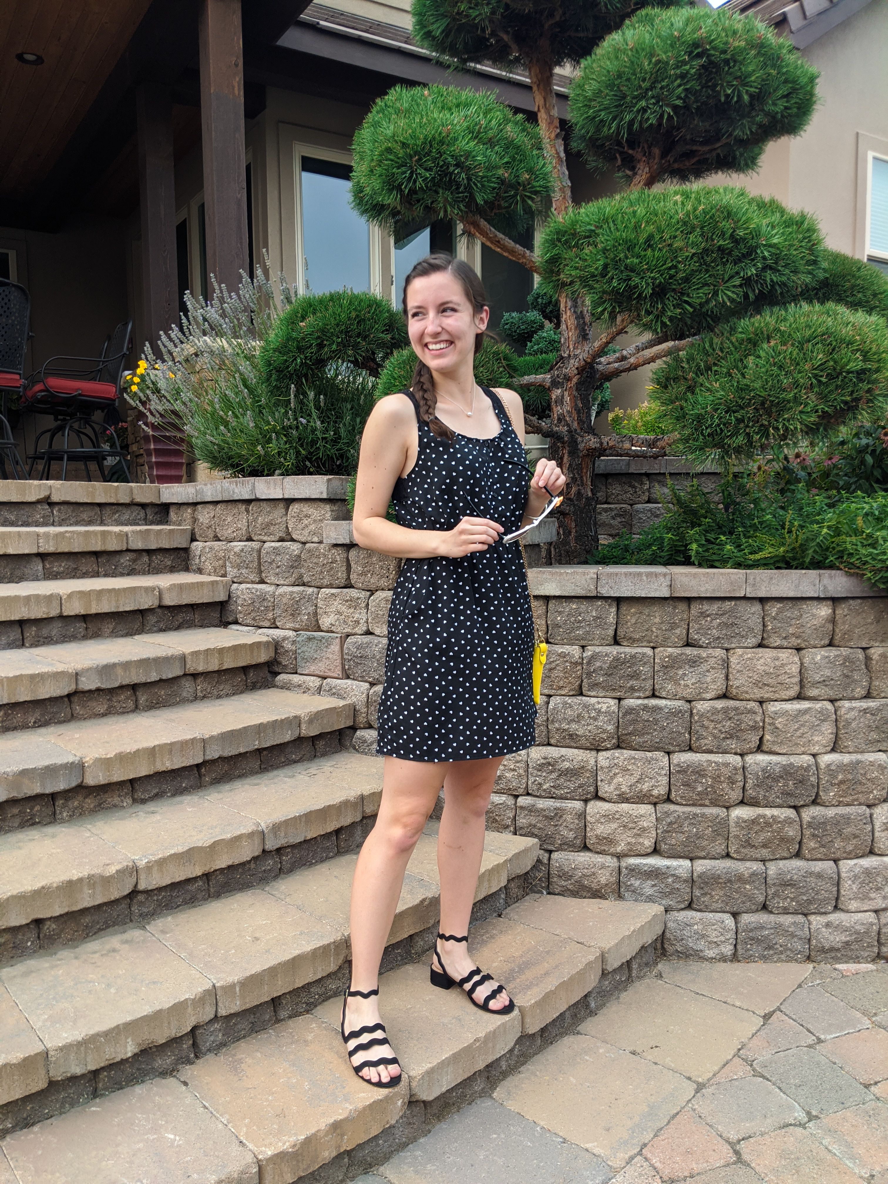 dotted-dress-black-sandals-hand-me-down-yellow-purse