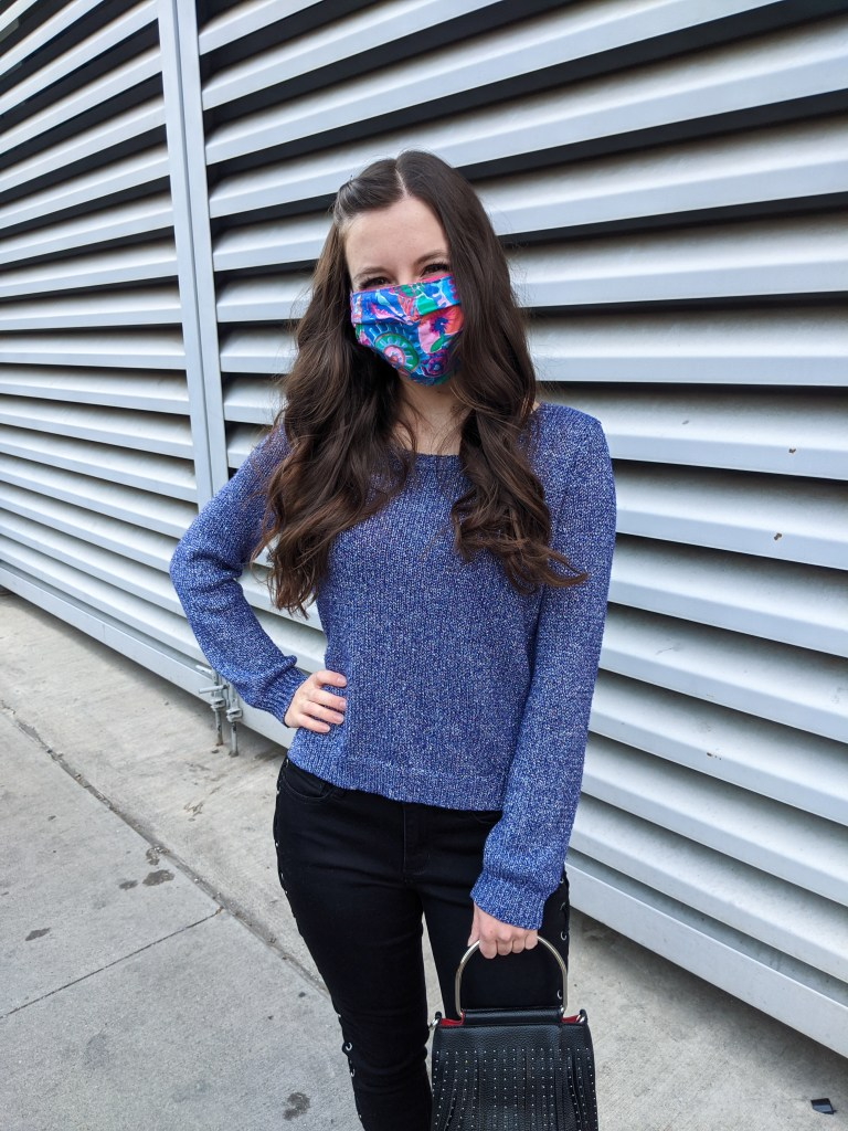 purple-sweater-colorful-facemask-fall-style