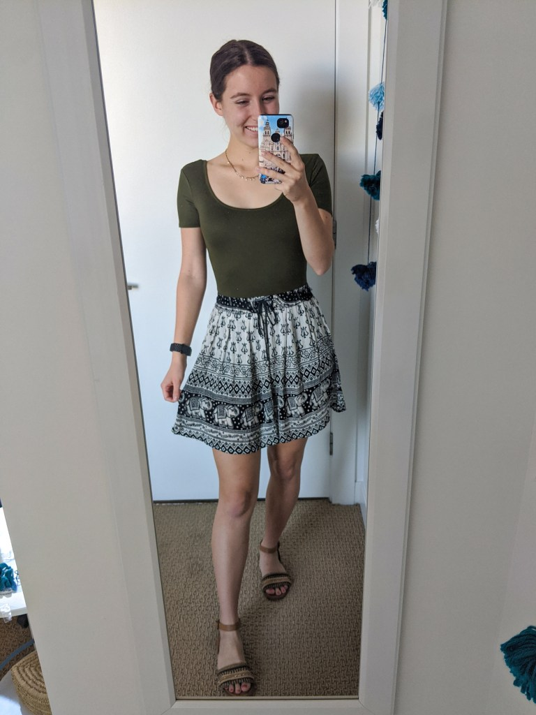 printed-skirt-olive-bodysuit-fall-outfit-inspo