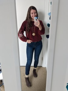 maroon-sweater-skinny-jeans-fall-style-fall-fashion-sweater-weather
