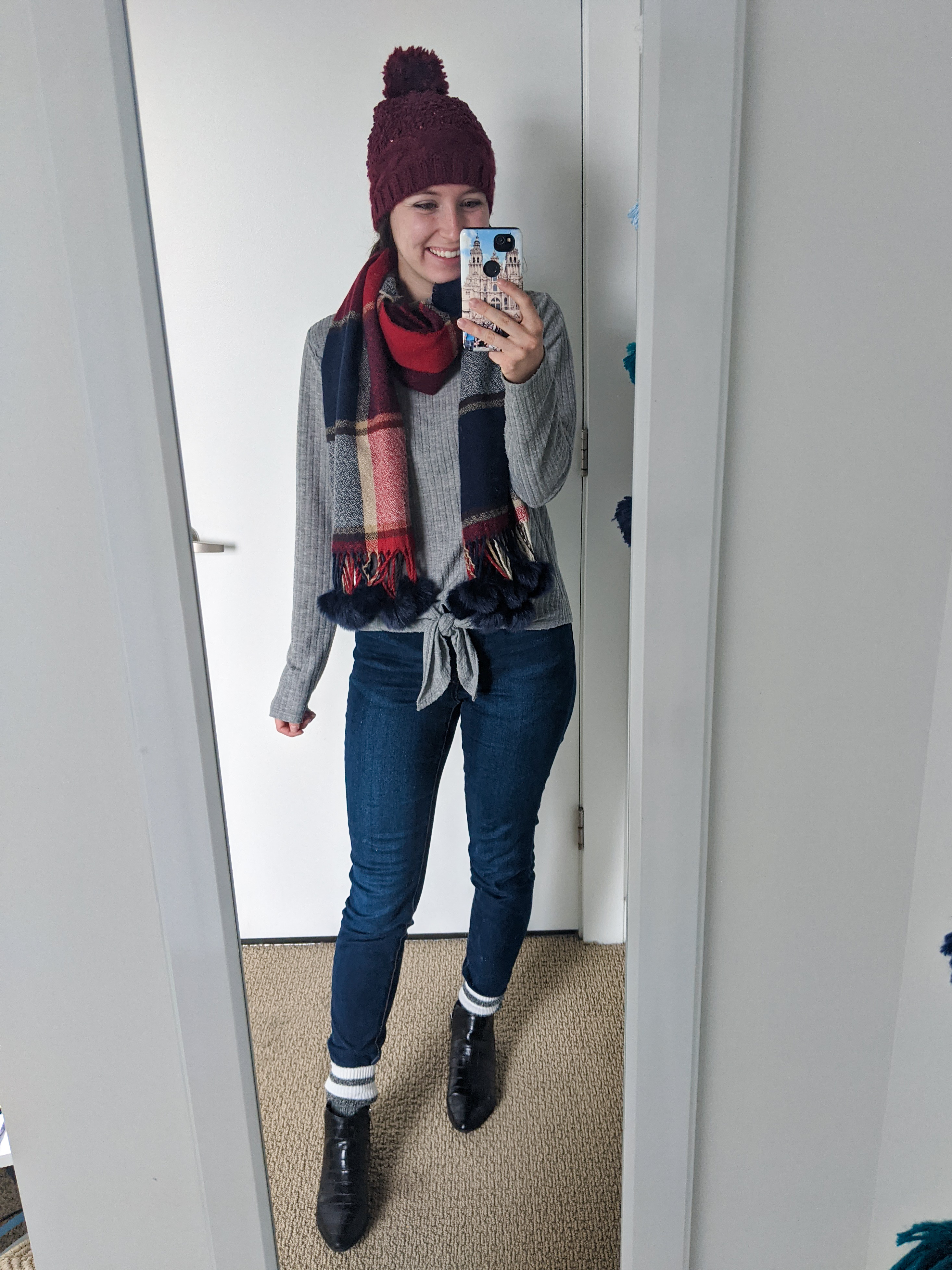 winter-style-fall-outfit-plaid-blanket-scarf-beanie