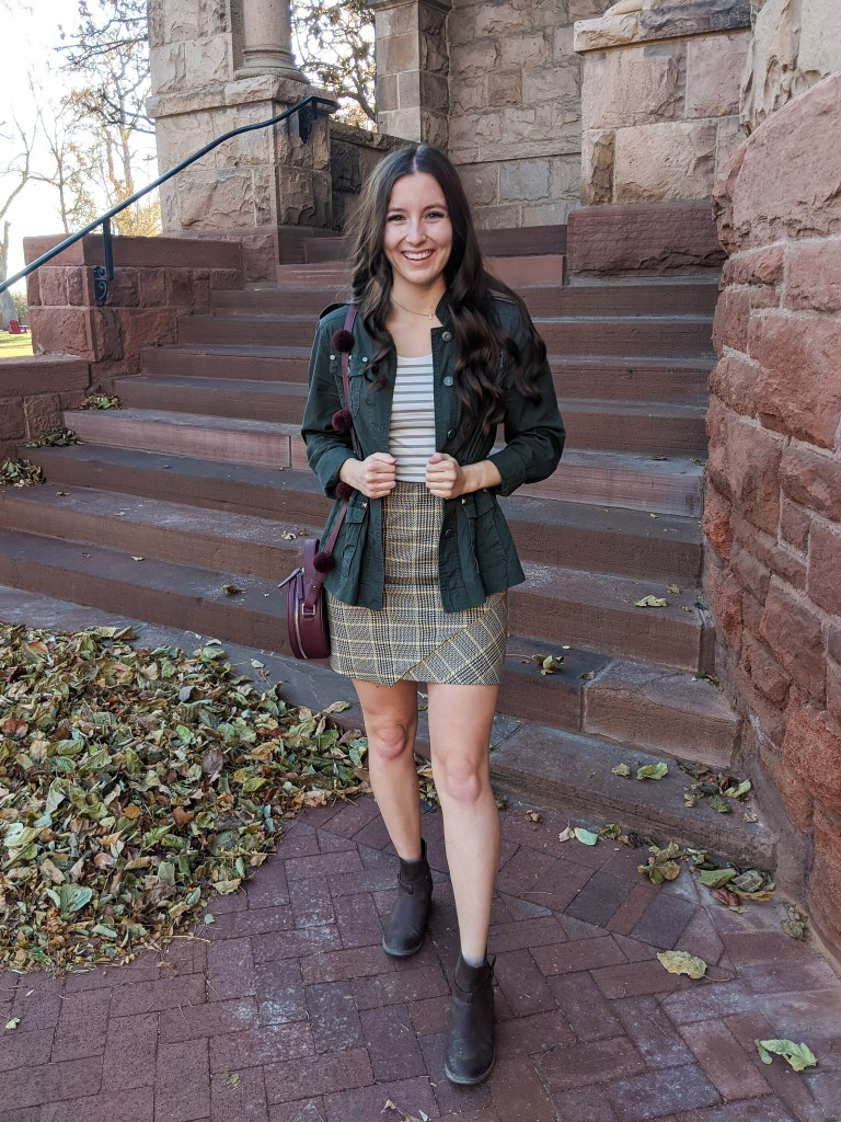 fall-outfit-college-style-plaid-mini-skirt-striped-tee-pattern-mixing