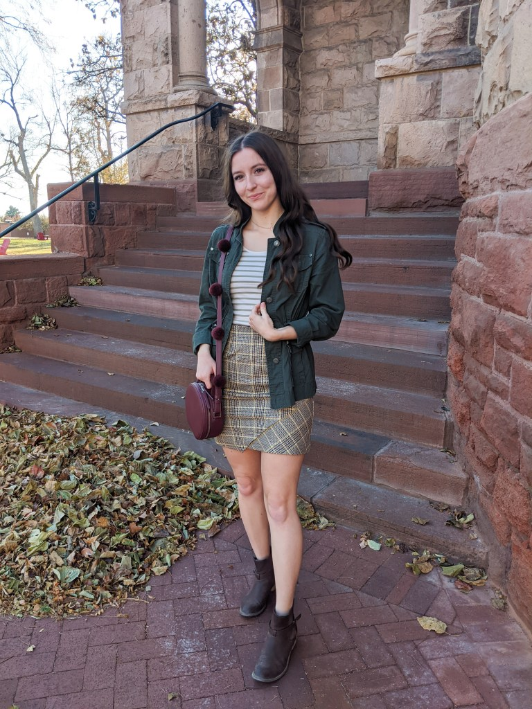 fall-outfit-college-style-military-jacket-pattern-mixing