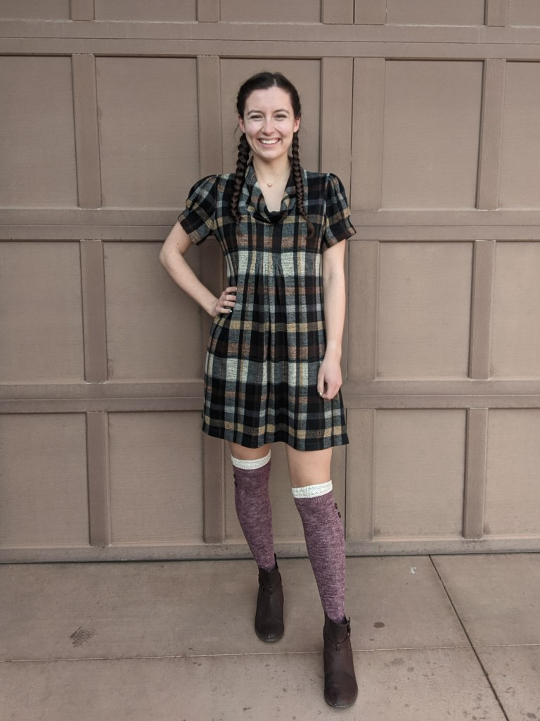 plaid-dress-knee-socks-brown-booties-thanksgiving-outfit