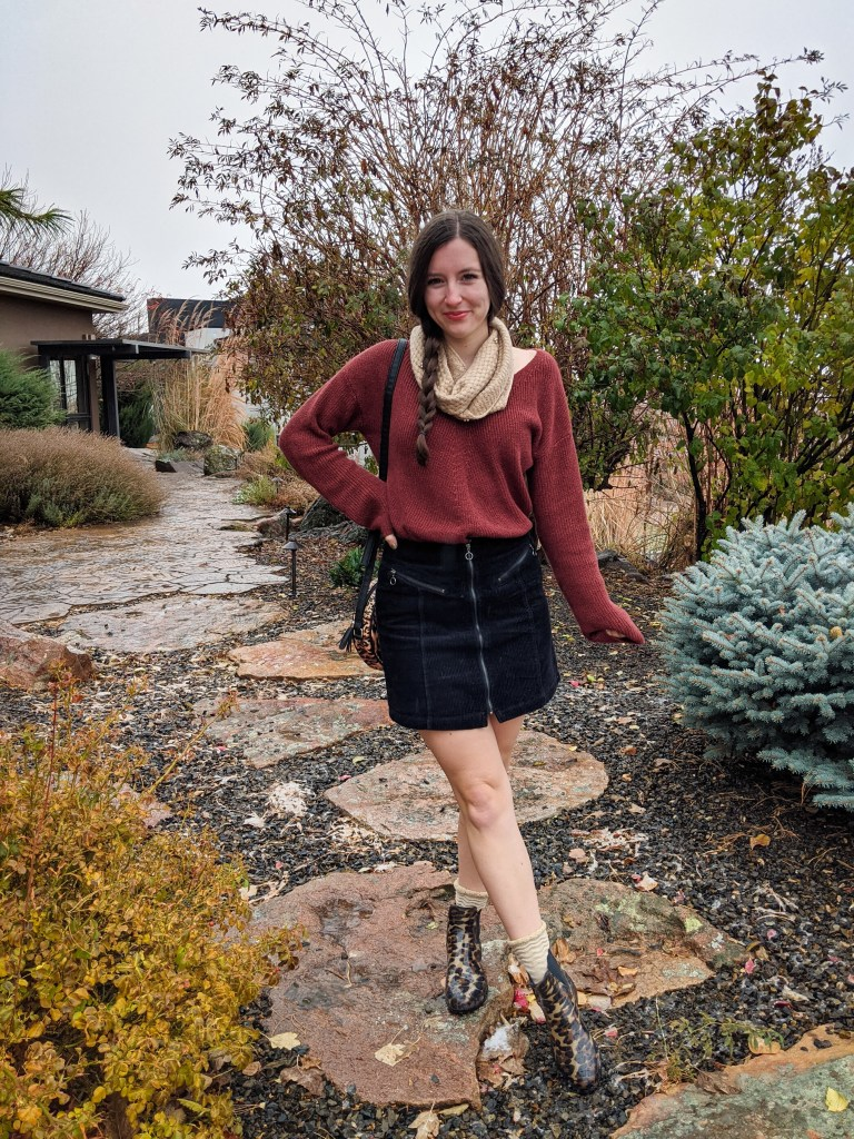 corduroy-skirt-thrifted-sweater-sparkles-thanksgiving-outfit