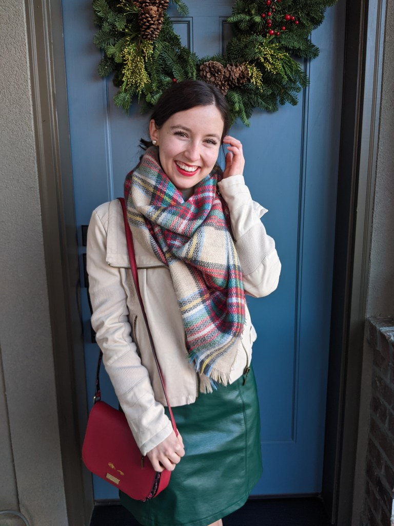 holiday-outfit-cozy-winter-style-red-lipstick