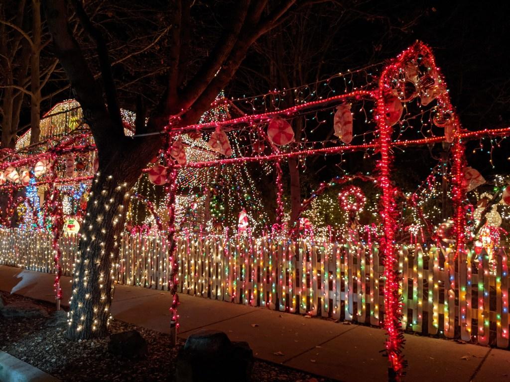 christmas-lights-light-display-boise-fashion-blogger