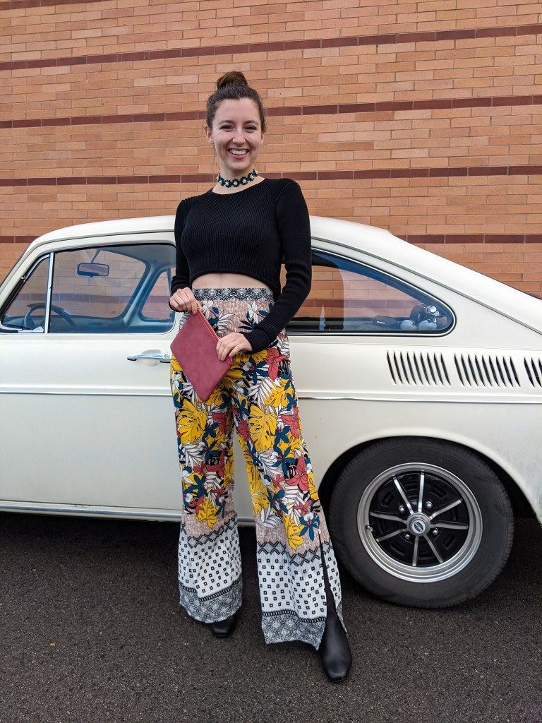 palazzo-pants-bell-bottoms-cropped-sweater-1970-volkswagen-fastback