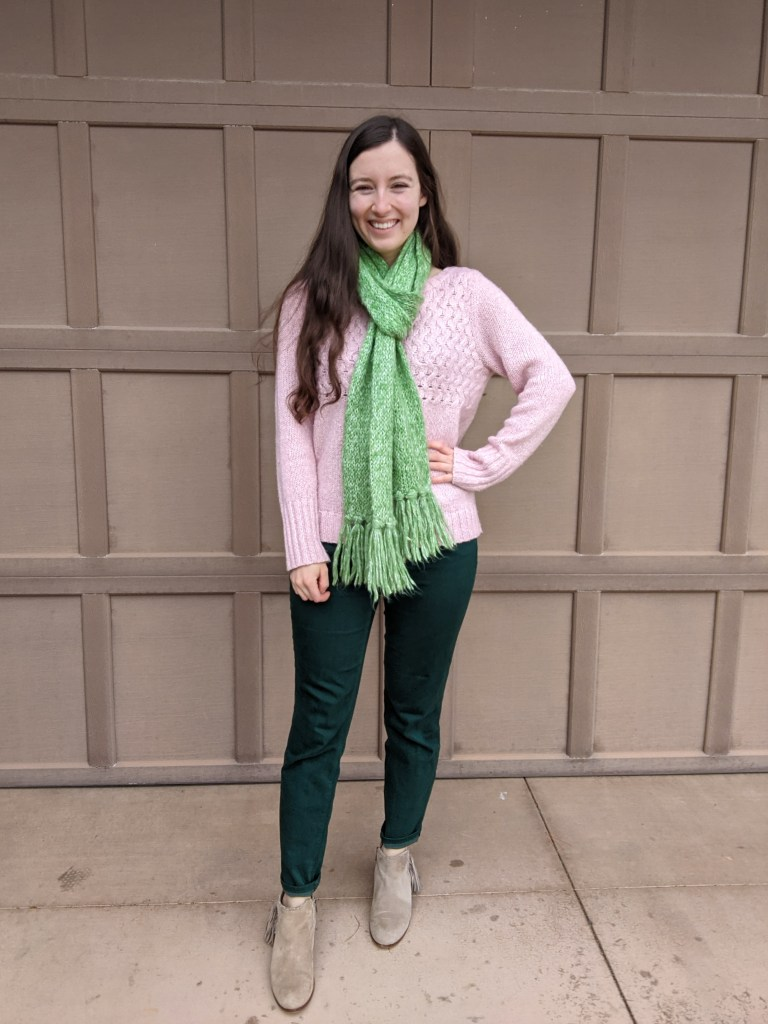 pink-sweater-green-scarf-green-pants
