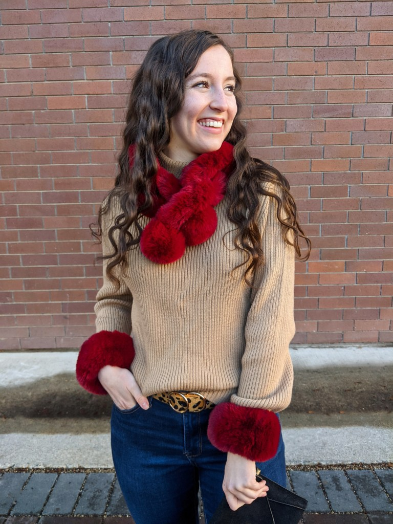 ribbed-camel-sweater-leopard-belt-red-accessories