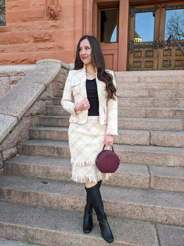 thrifted-skirt-suit-anne-klein-circle-purse