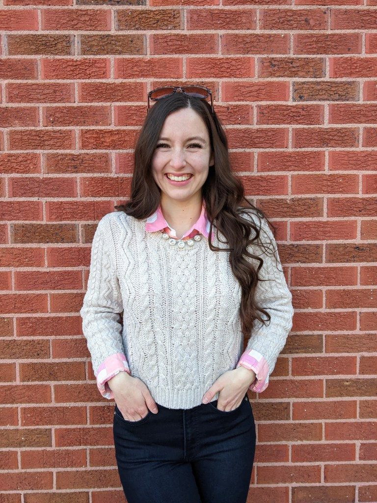 college-fashion-blogger-statement-necklace-spring-layers