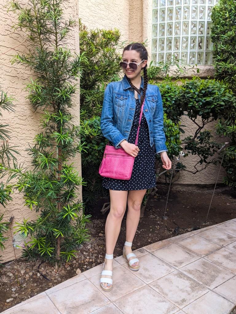 spring-break-fashion-pink-purse-dotted-dress