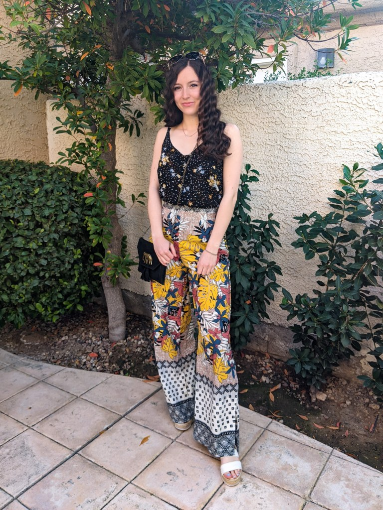 floral-tropical-pants-cabi-tank-summer-outfit
