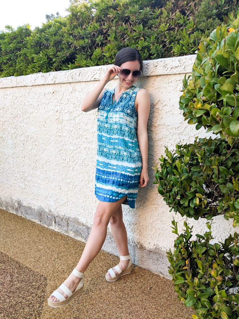 turquoise-dress-blue-white-sandals-summer-outfit