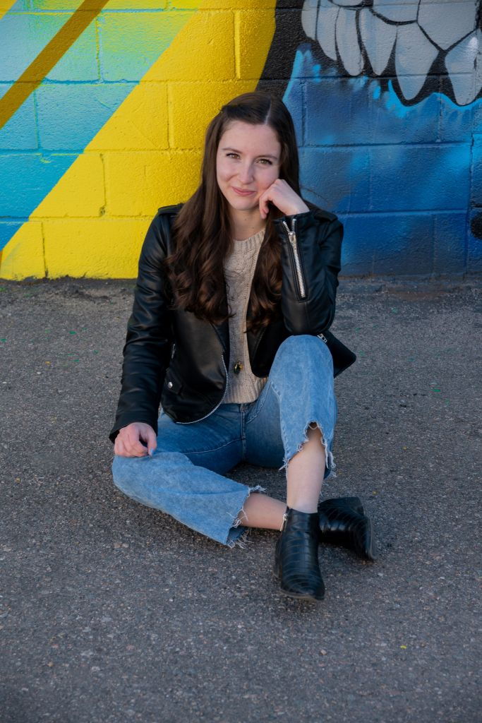 photography-model-express-jeans-black-booties-black-leather-jacket