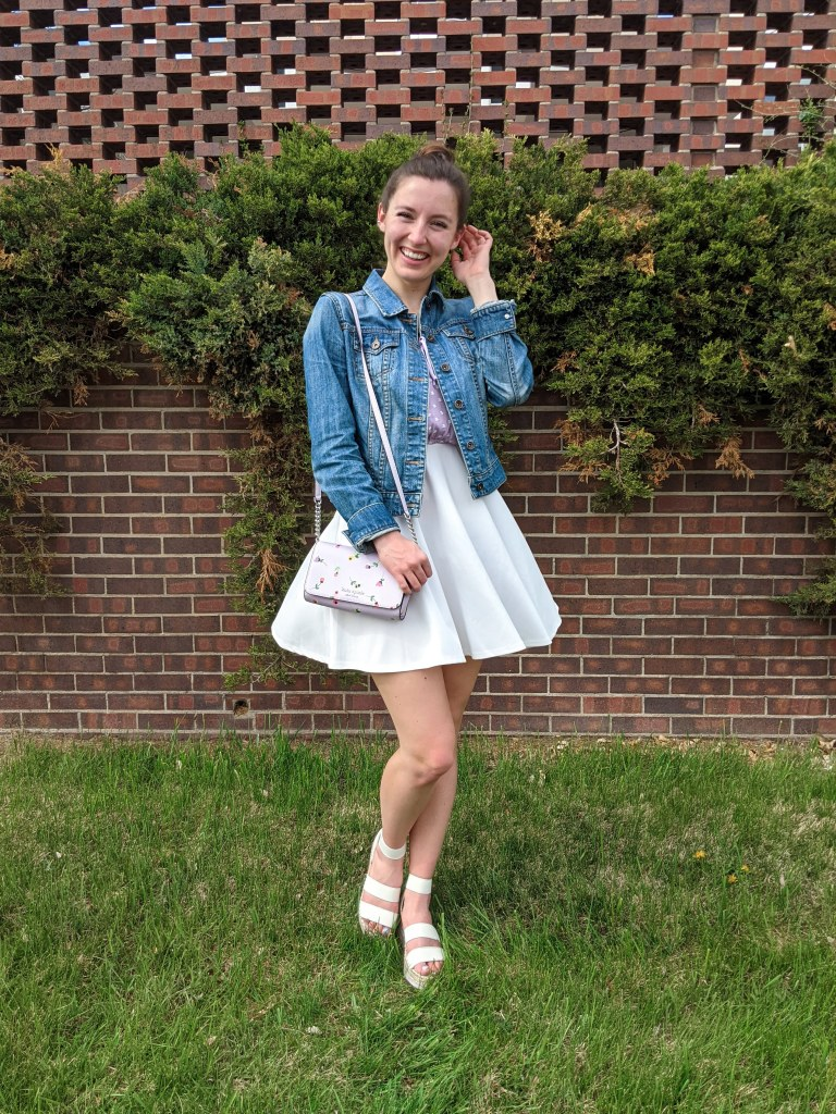 twirling-spring-outfit-flirty-dress-white-sandals