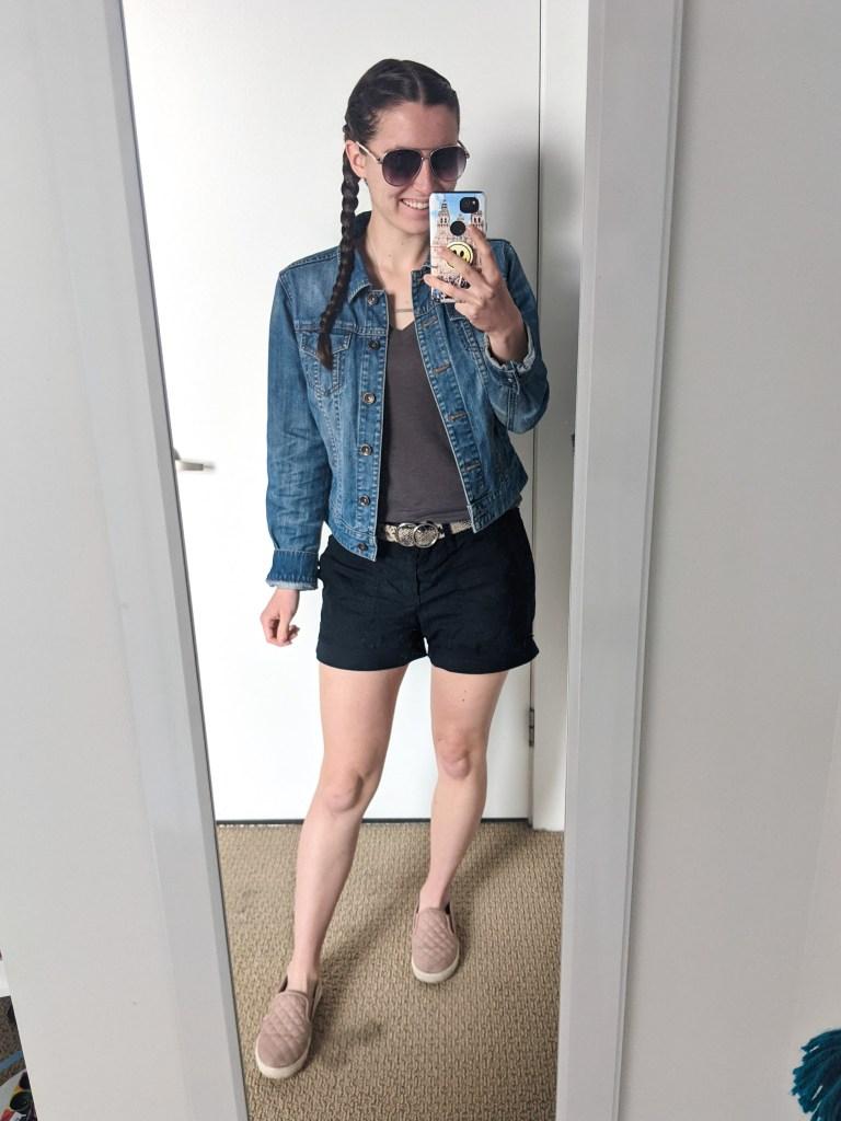 grey-tee-jean-jacket-black-shorts-aviator-sunglasses