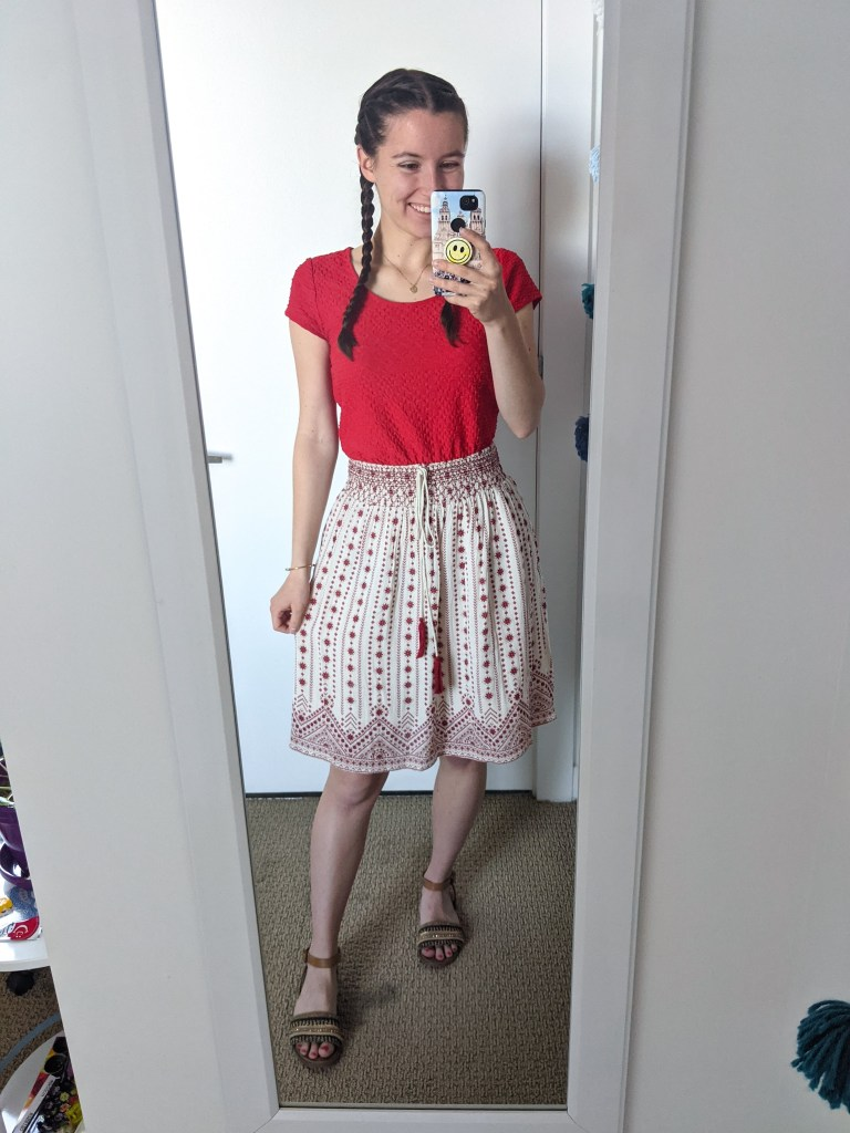 red-blouse-patterned-skirt-brown-sandals