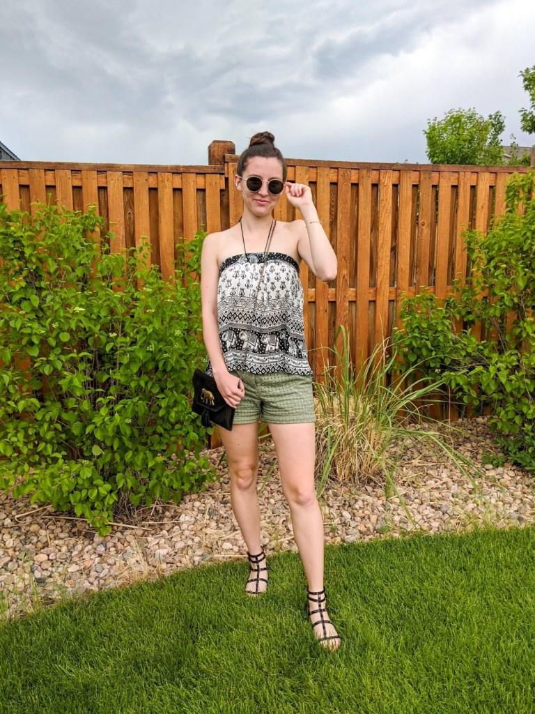 tiktok-fashion-blogger-halter-top-green-shorts