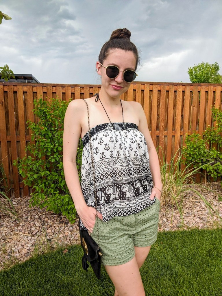 elephant-print-halter-top-green-shorts-summer-outfit