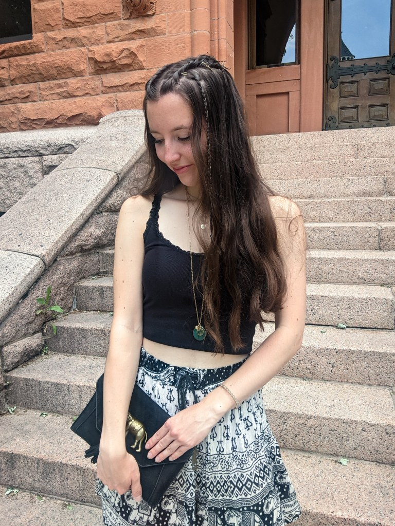 college-fashion-blogger-thrifted-style