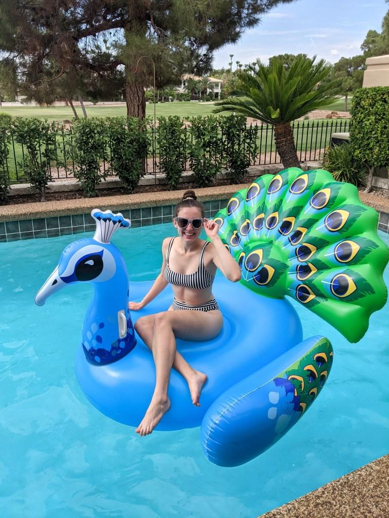 striped-bikini-pool-float-lounging-las-vegas-summer-style