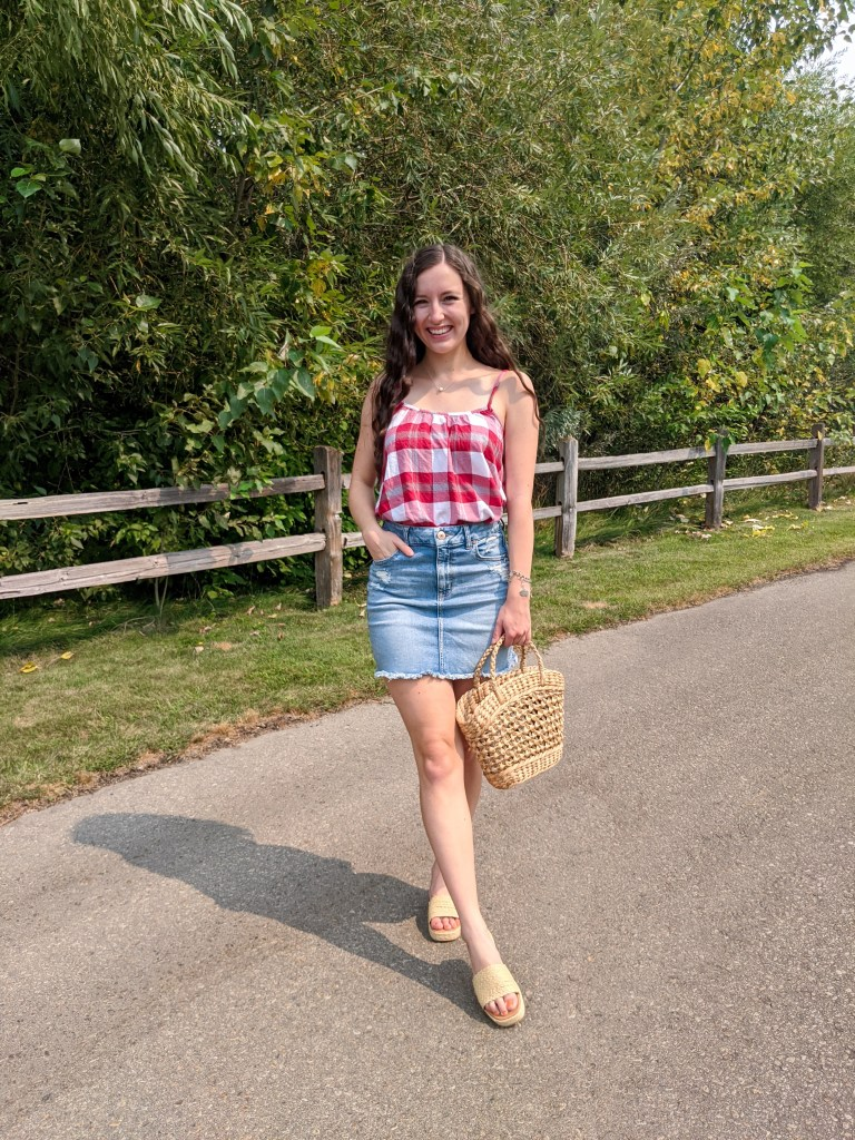 red-white-gingham-summer-style-back-to-school-outfit