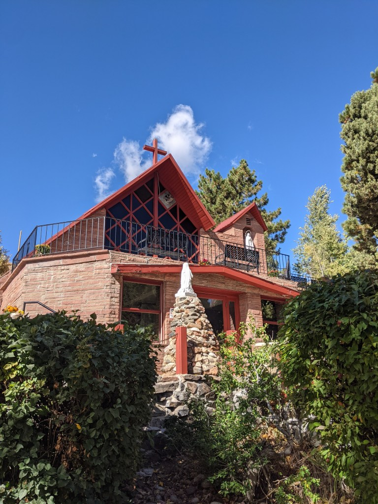 mother-cabrini-shrine-colorado-fall-changing-leaves