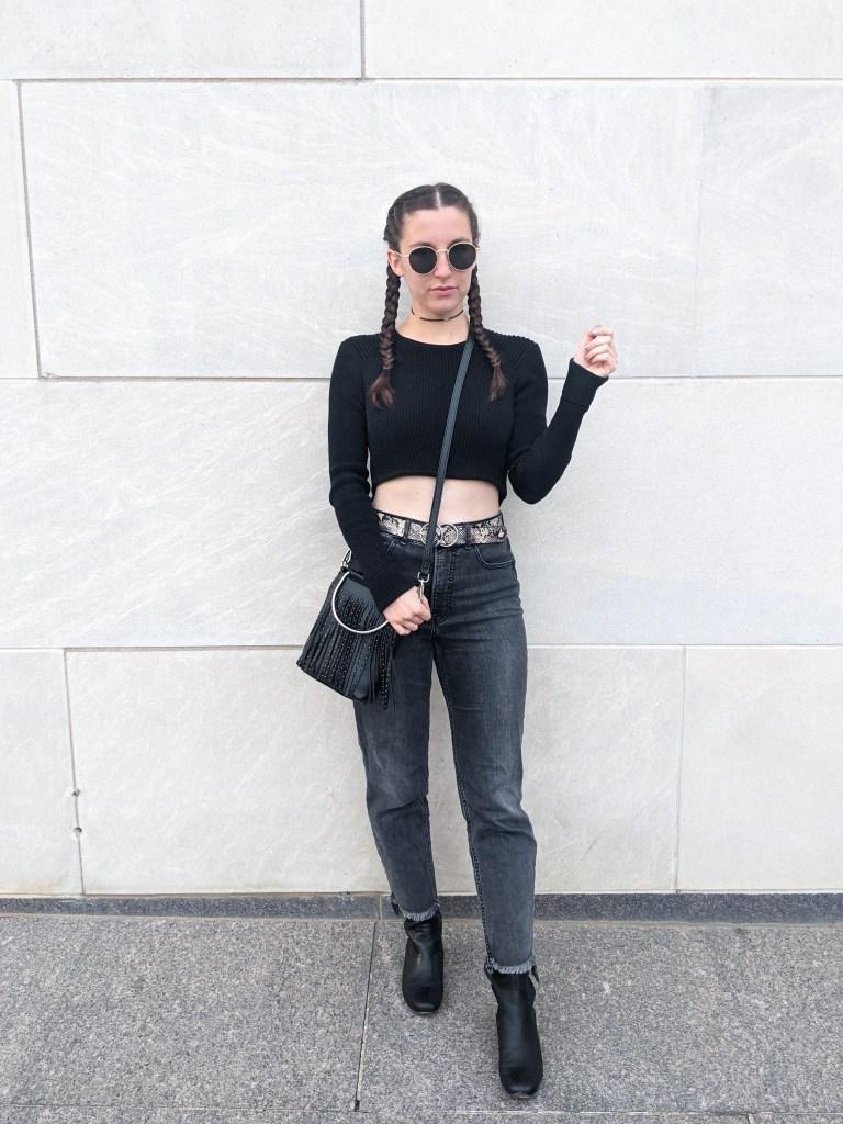 black-cropped-sweater-grey-jeans-snakeskin-belt-black-boots