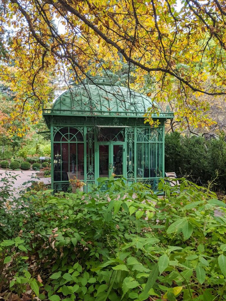 denver-botanic-gardens-college-fashion-blogger